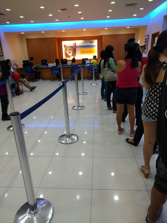 フィリピンペソを旧札から新札へ(BDO)
