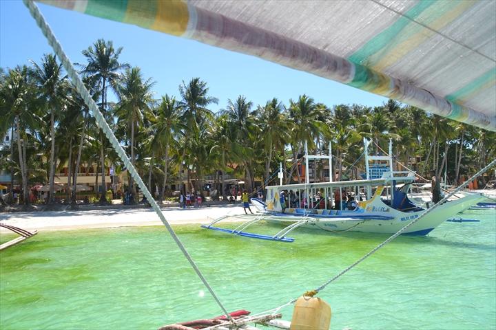 ボラカイ島の4月のアオコ(5)