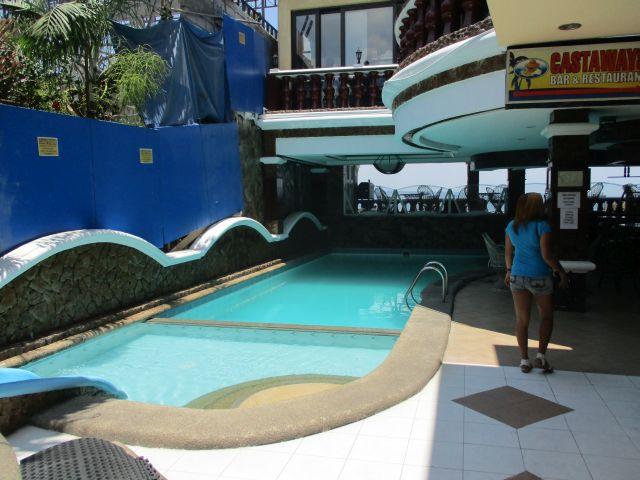 パームツリーリゾートのプール