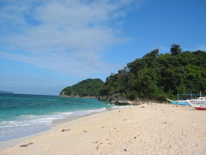 2006年2月:ボラカイ島のプカシェルビーチの様子(3)