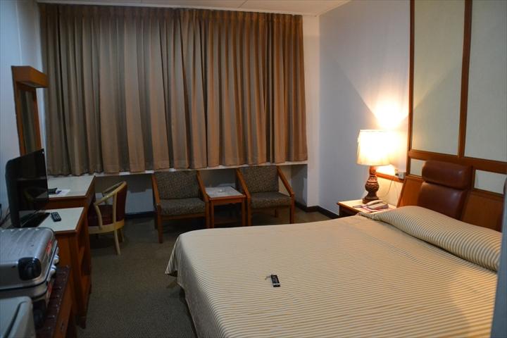 ナナホテルバンコク(ベッド周辺)