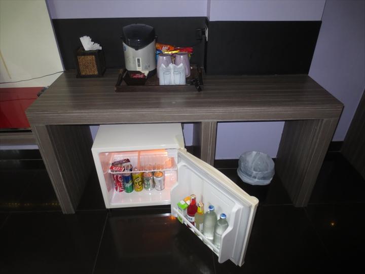 ヘブン アット 4 ホテル(冷蔵庫・ポット)