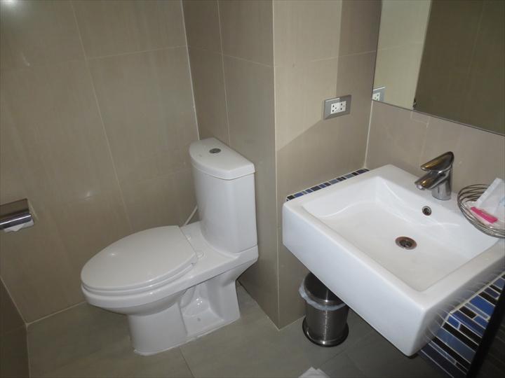 ヘブン アット 4 ホテル(洗面)