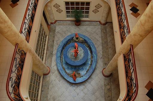 アンヘレスのパシフィックブリーズホテル-本館吹き抜け