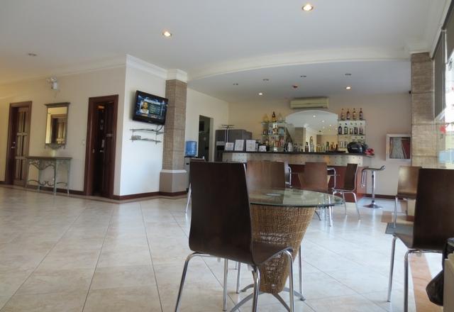 アンヘレスのバレンチノホテル - ロビー