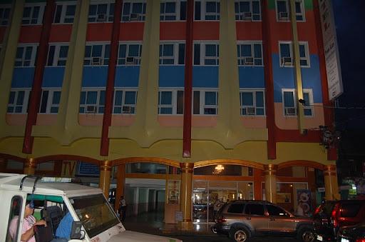 ダバオのマイホテルの外観