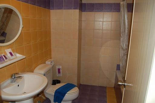 サワディーシービュー - 洗面&トイレ