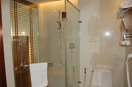 サチャズ ホテル ウノ - シャワールーム
