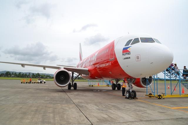 エアーアジア搭乗 - 機首 ( Airbus A320-200 )