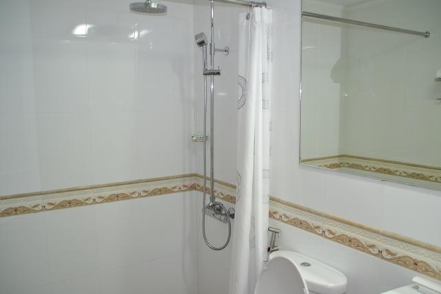 ギャラクシーホテル - シャワー