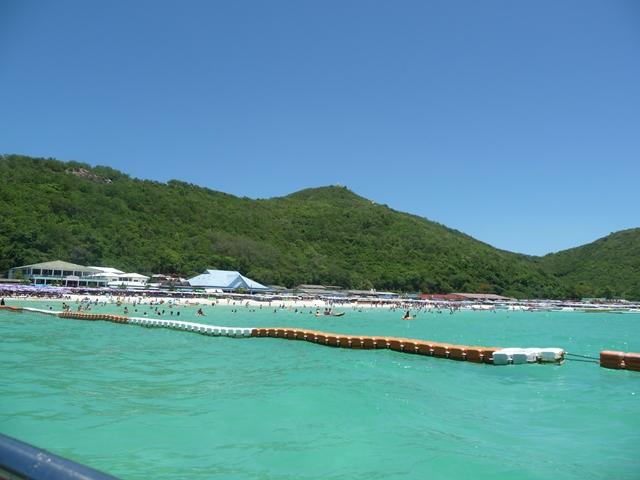 ターウェンビーチ - フェリーからビーチを見た