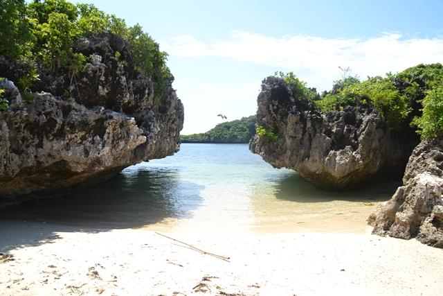 ハンドレッドアイランド - ロペス島の景観1