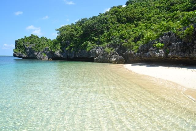 ハンドレッドアイランド - ロペス島のビーチ