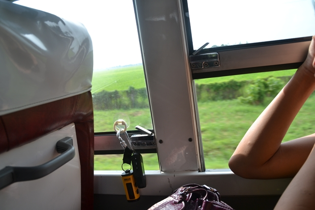 ハンドレッドアイランドへ - 車窓に貼りつけたGPSロガー