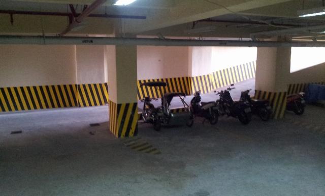 ザ・ミントホテル - 地下駐車場