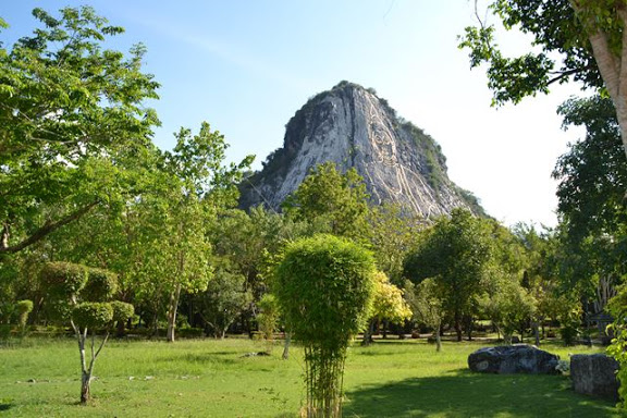 Buddha Mountain (Khao Chi Chan)