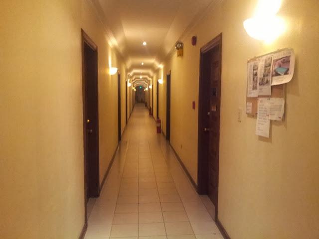 バーボン・ストリートコンドテルホテル - 2Fの廊下