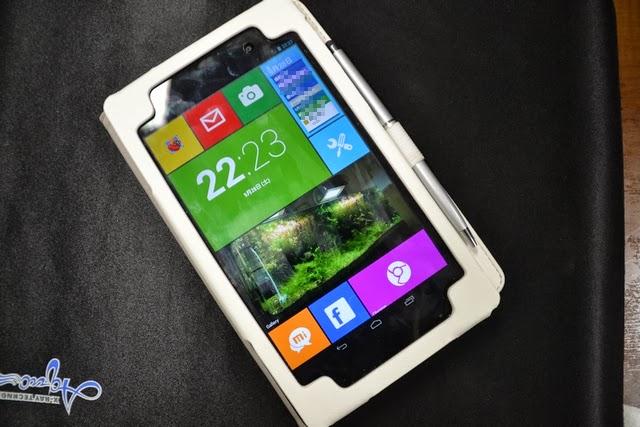 Google NEXUS7 LTE 2013 - 本体とWindows8風ランチャと安ケース