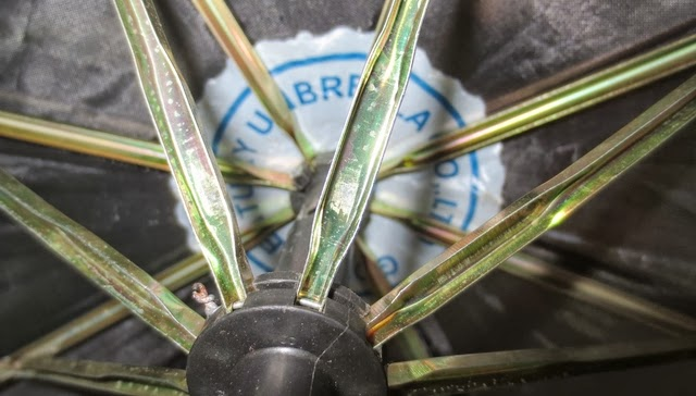 アンヘレスのフィールズで買った傘 - グッドセンチュリーアンブレラ(株)