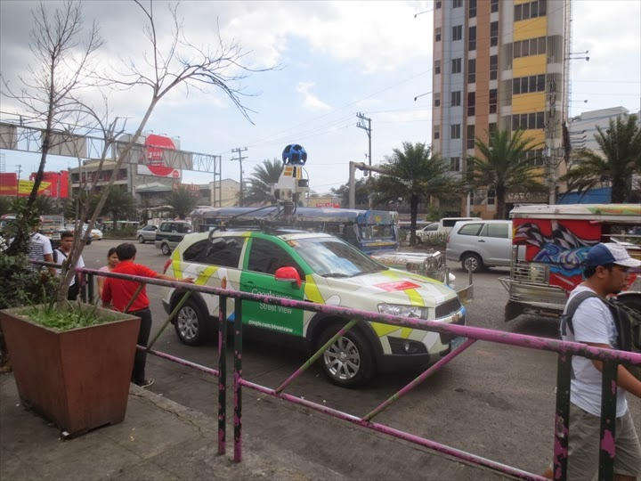 Google Street View Car at manila (2)