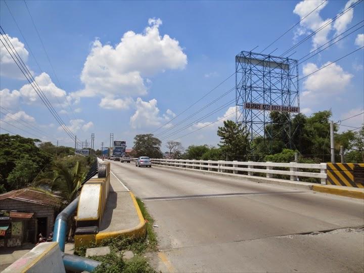 ローカルな小橋