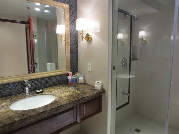 セントラルパークタワーリゾート洗面&シャワー