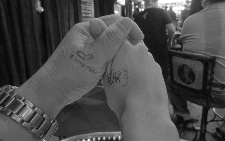 アンヘレスのバーでLOVEと愛