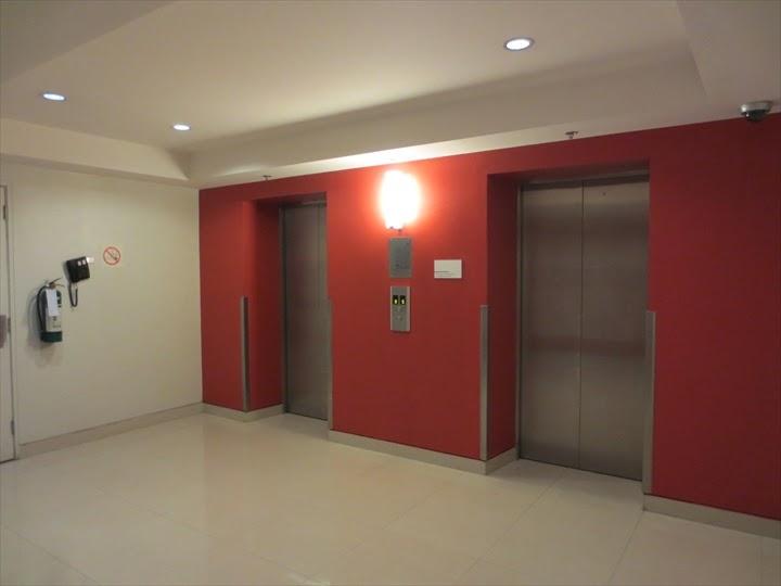 TUNE HOTEL makati エレベーター