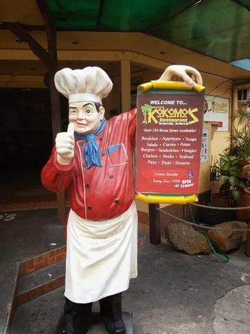 シェフ人形 - アンヘレスのココモスレストラン