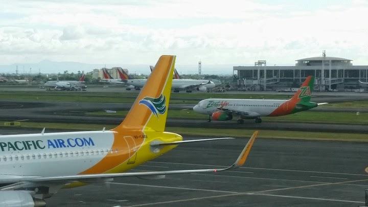 マニラ国際空港にて