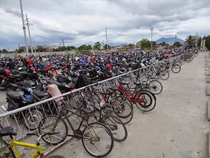 SMクラークシティの駐輪場(バイク置き場)