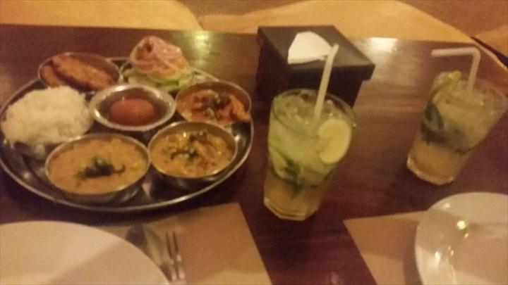 ボラカイ ツルゥ フード - インド料理のセット