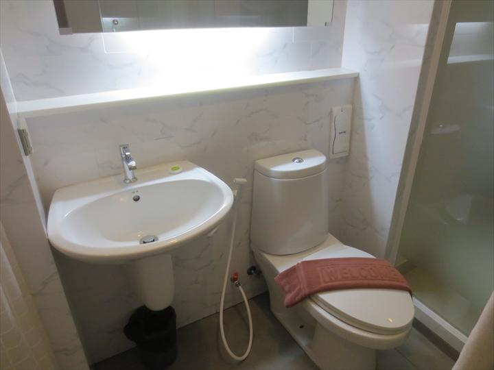 スタジオナナ スクンビット - トイレ&洗面