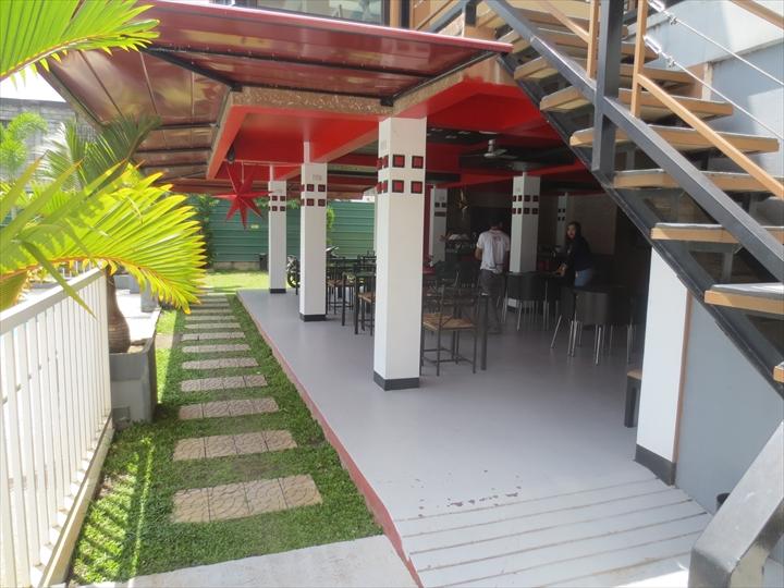 アットザパッドホテルのレストラン