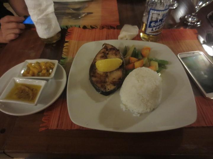 コートデルマーホテル - コロン・ブスアンガ(夕食1)