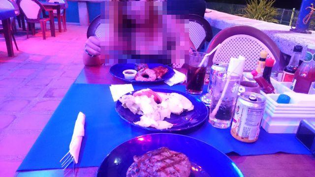 スービックでバー娘とディナー