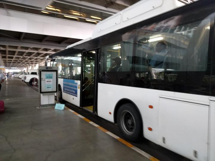 スワンナプームの無料シャトルバス