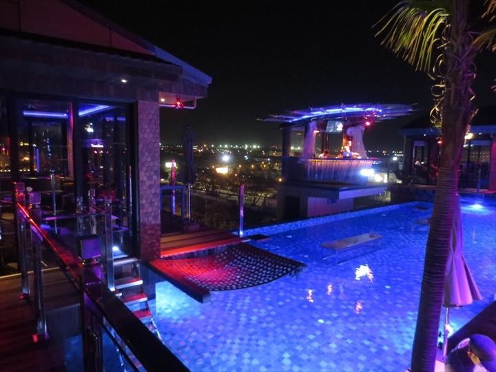 aqua beach club at Night