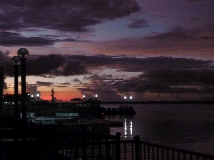 ハンドレッドアイランド(夜景)
