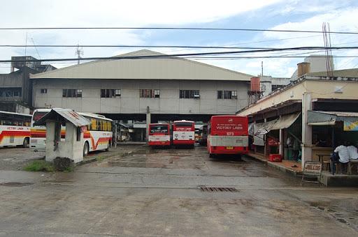 ビクトリーライナーのバス到着位置