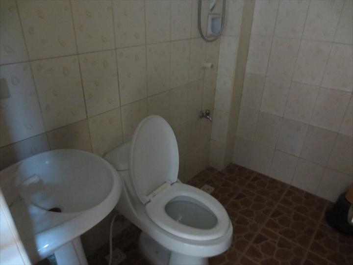 アイランドトロピックホテル(部屋の様子・シャワー/トイレ)