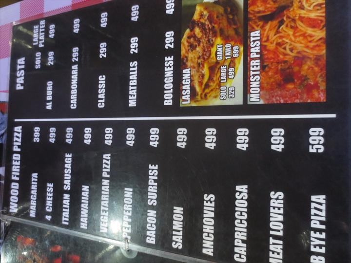 アンヘレスのピザ・パスタ・ステーキ(イタリアンカーボーイ)10
