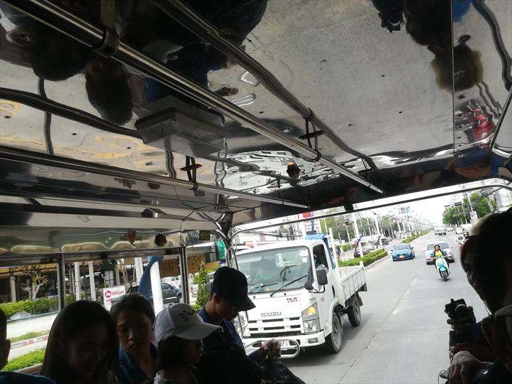 ドムアン空港からパタヤへバスで行く(14)