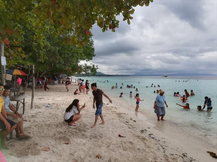 パングラオ島のビーチ巡り(3-1)