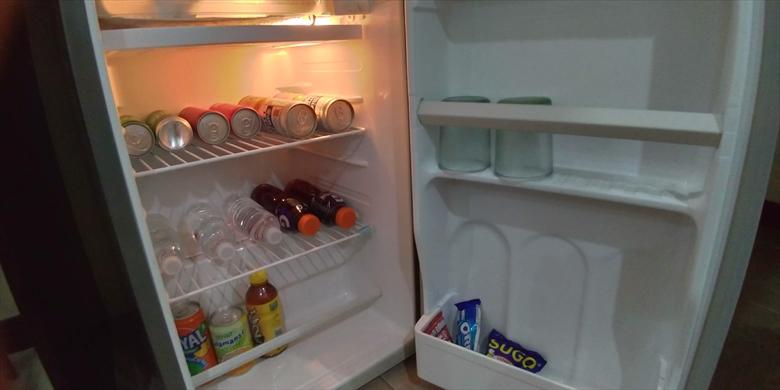 ブーメランホテル (冷蔵庫)