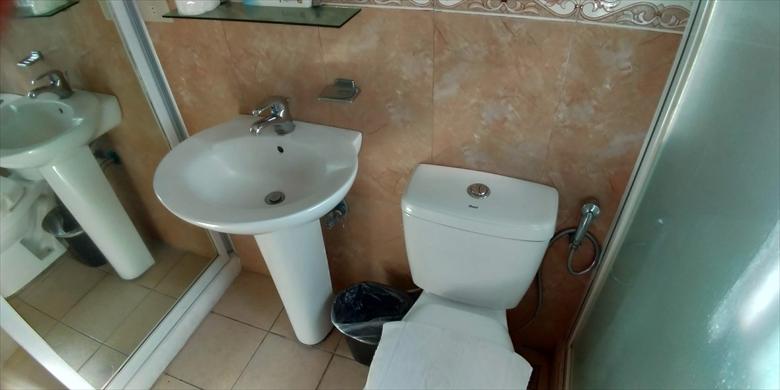 プリスム ホテル アパテル (トイレ)