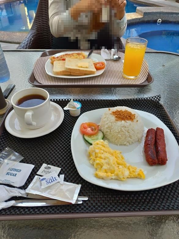 プリスム ホテル アパテル (朝食)