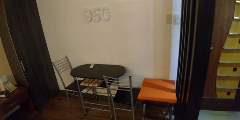 950コンドテル(テーブル)