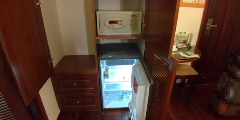 ドク ヴォン ホテル (冷蔵庫)