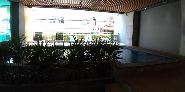 ザ シーナリー シティ ホテル (プール)
